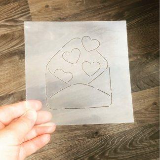 Конверт с сердечками форма+трафарет